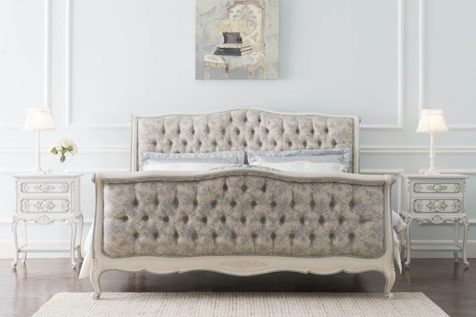 2xl S Yonalita Collection Brings Chic Elegance To The Bedroom
